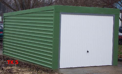 Lapostetős garázs